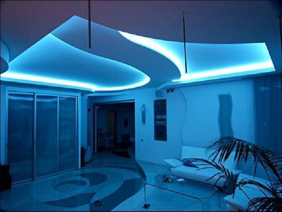 Внутренняя неоновая подсветка