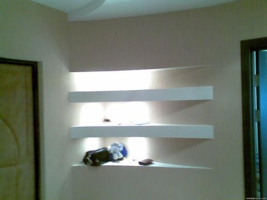 полочки в прихожей на стену из гипскартона утепляющий