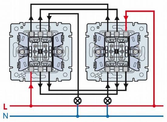 Одноклавишный проходной выключатель и схема его подключения