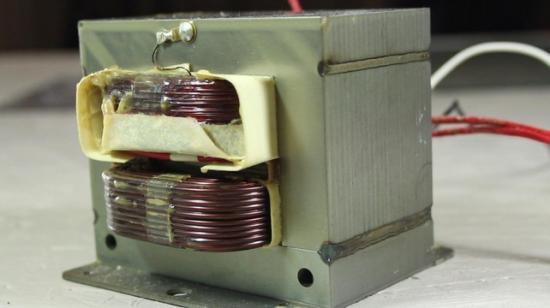 Точечная сварка из трансформатора микроволновки