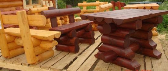Мебель из соснового кругляка