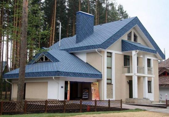 Способна повторить любую форму крыши
