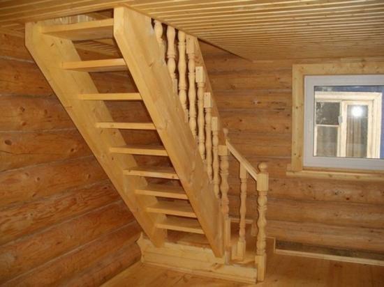 Лестница в мансарду