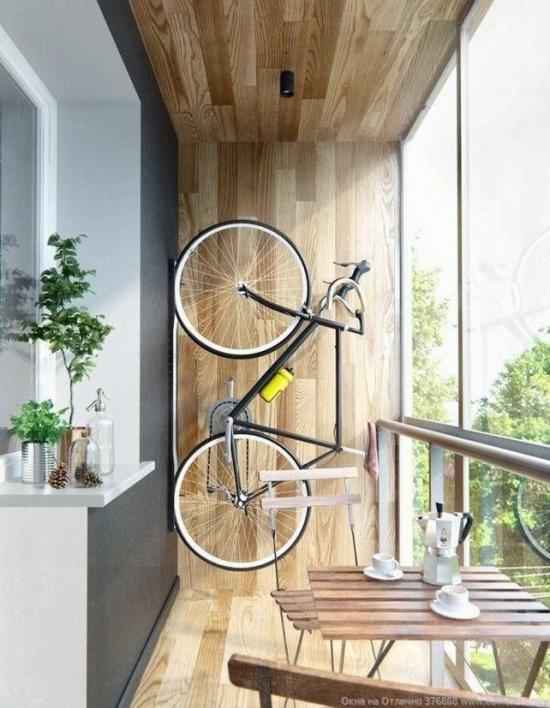 Заядлый велосипедист — беда в квартире