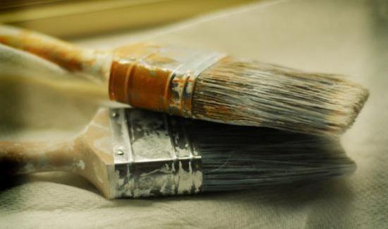 Для создания более плотной связки шпаклевки и штукатурки