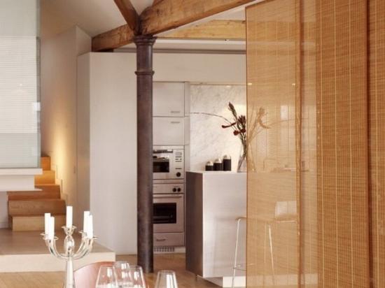 Грубоватый джут, натуральный бамбук или комбинации из них
