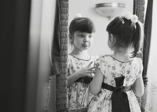 Нас окружают зеркала