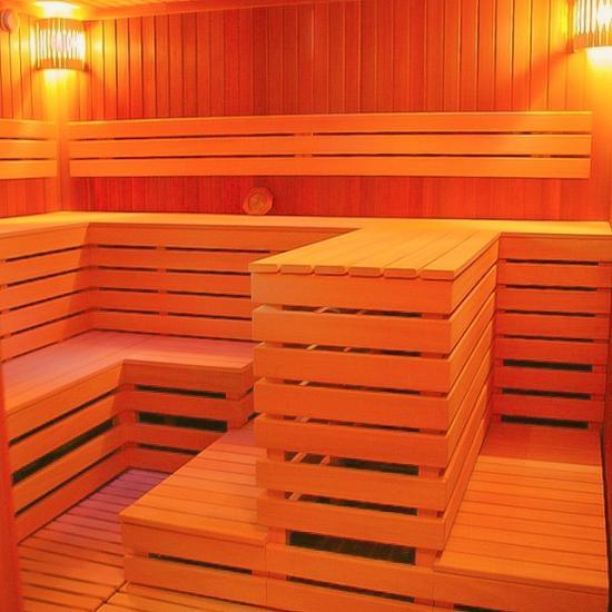 В структуре древесины должно быть минимум смол