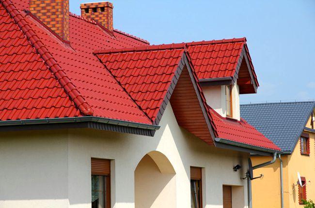 фото крыш домов из металлочерепицы фото домов