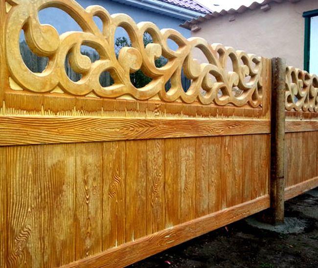 Массивный двухсторонний забор из дерева