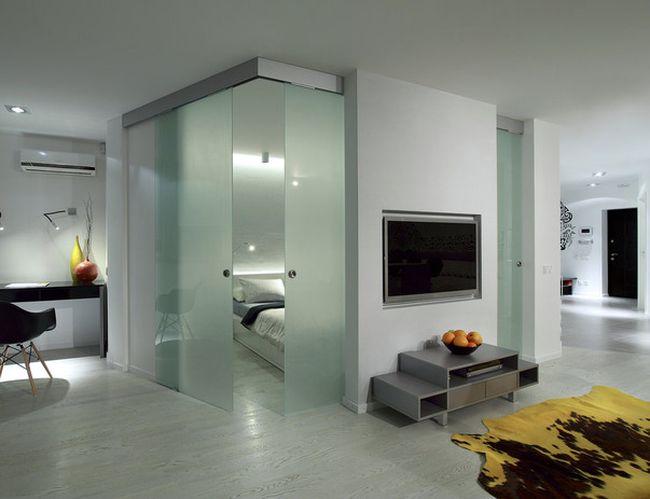 Спальня-трансформер при необходимости становится частью гостиной