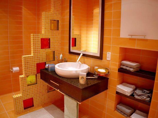 Стеклоблоки в ванной комнате и комбинированная плитка