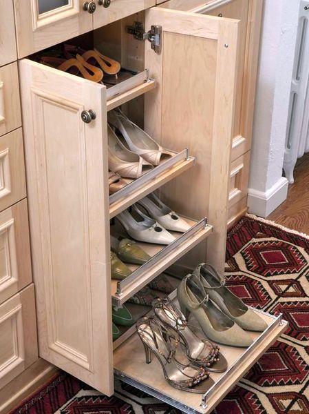 Выдвижная полка для обуви из натурального дерева с дверцами