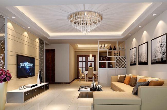 Оформление потолка в гостиной комнате