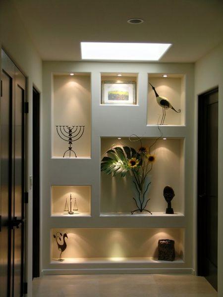 Освещение ниши – оригинально изменим интерьер комнаты, правда, без ТВ