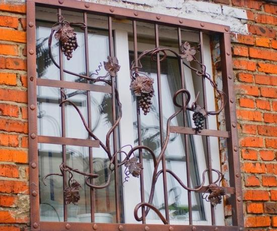 Декоративные элементы кованой решетки